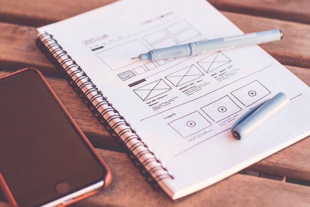 グラフィックデザイナーで年収を上げる②WEBデザインスキルを習得